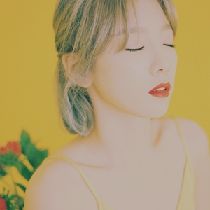 taeyeon_my_voice_album_cover
